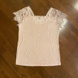 POL | Pink Lace Sleeve Top